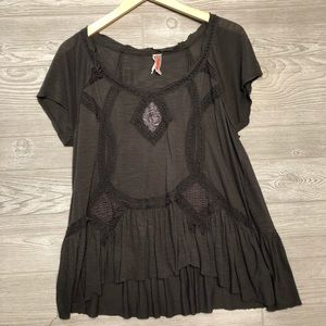Free People Gray Embroidered Flowy Tee Size S